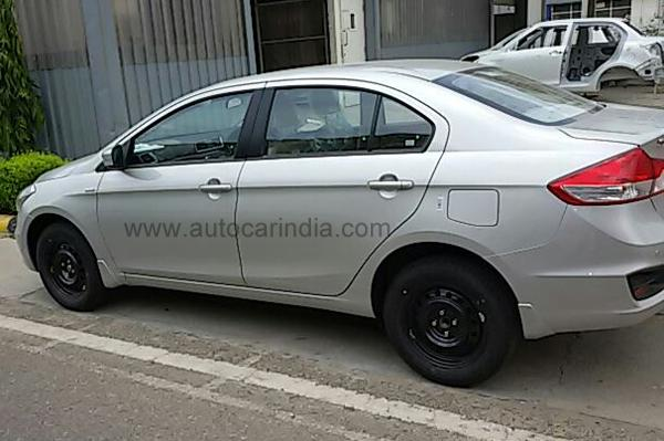 Maruti Ciaz Getting Ready For Launch Spy-Shots