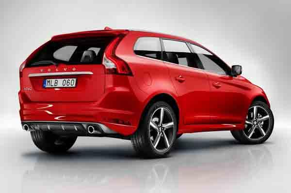 Volvo XC60 R-Design Back View