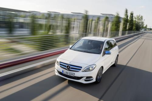 Mercedes-Benz B-Class Facelift Revealed