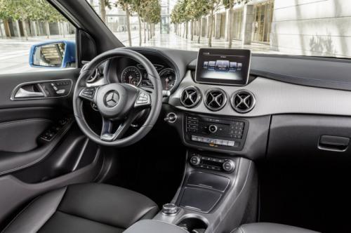 Mercedes-Benz B-Class Facelift interiors