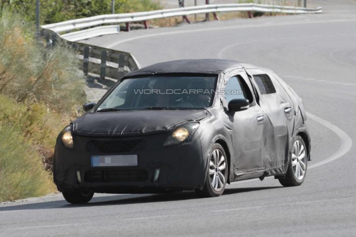Suzuki Baleno Five-Door Hatchback Spied Testing