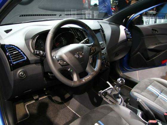 Hyundai HB20 R-Spec Concept interiors