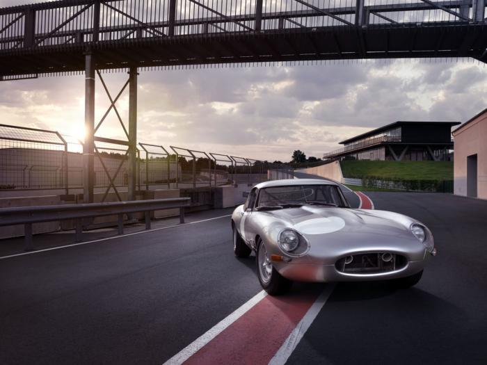 Jaguar Heritage Driving Experience To Allow Participants Drive Classic Models