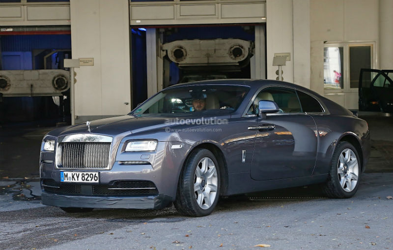 Rolls-Royce Wraith Sport Spotted Wearing Massive Spoilers