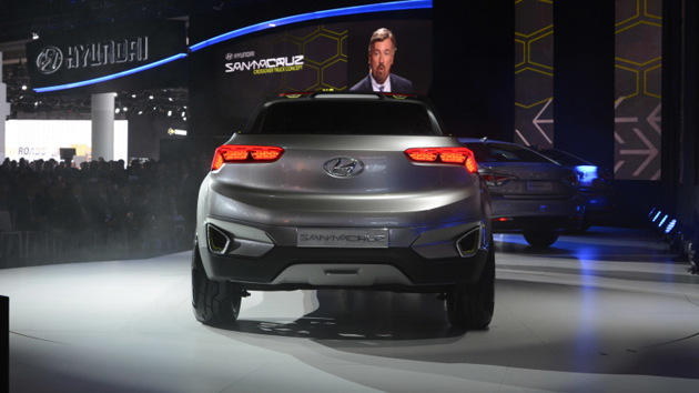 Hyundai HCD-15 Santa Cruz Compact Pickup Truck Unveiled