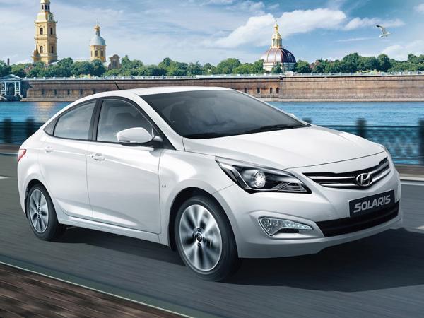 Hyundai Verna Facelift Spied Testing In India
