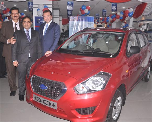 Nissan Opens New Dealership In Mumbai