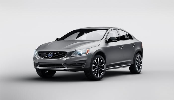 Volvo S60 Cross Country Revealed