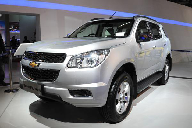 Chevrolet Trailblazer SUV Spied Testing In India For The First Time