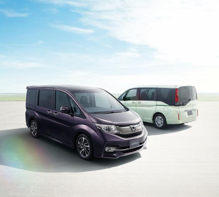 2015 Honda Step WGN Unveiled In Japan