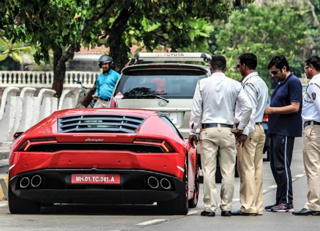 Arnab Goswami vs Lamborghini Huracan – The Speeding Fiasco