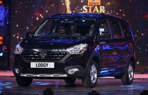 Renault Lodgy India Launch On April 9, 2015