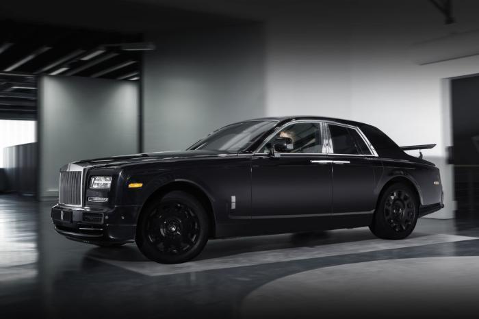 Rolls-Royce Crossover Prototype Unveiled