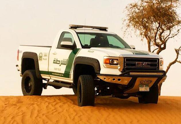 Dubai Police Department Stuck Across Off-Road, Adds 2015 GMC Sierra To The Fleet