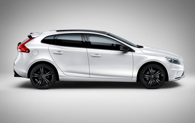 Volvo V40 Carbon Launched