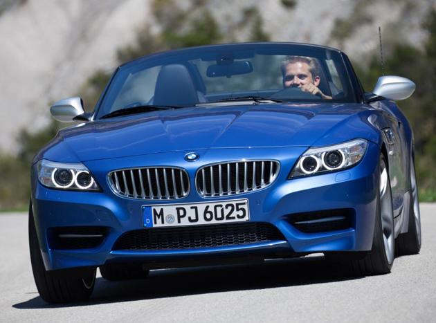 BMW Z4 Facelift In Estoril Blue Unveiled
