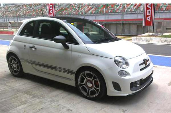 Fiat Abarth 595 Competizione Launched at Rs.29.85 lakhs